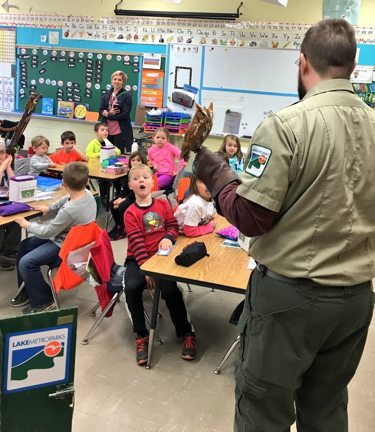 Lake MetroParks visits Kindergarten!